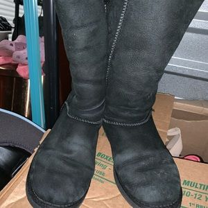UGG Shoes - Black Bailey bows